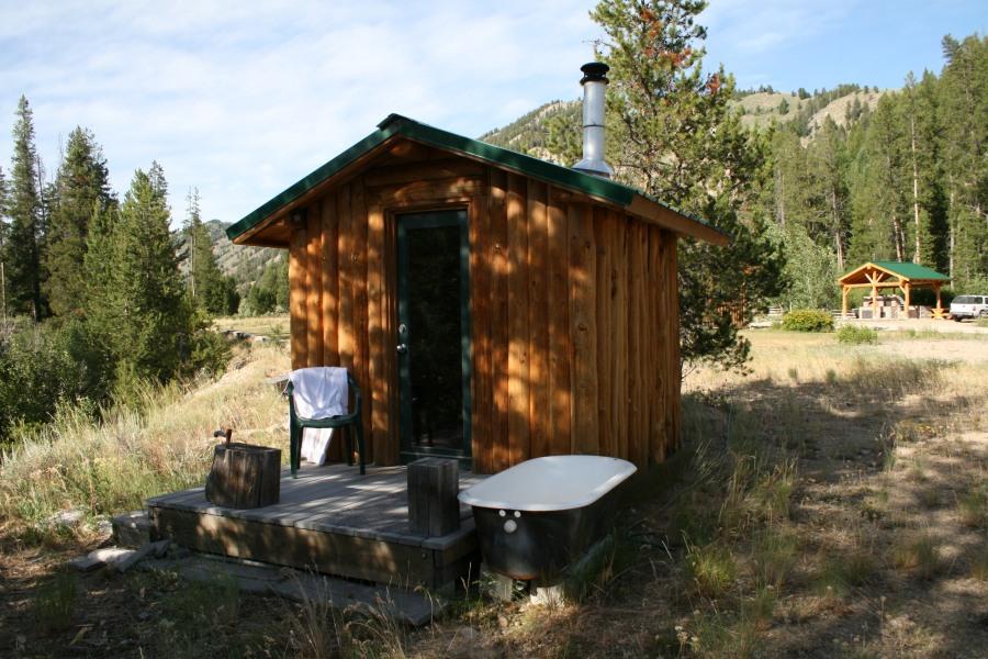 stay-play-sauna
